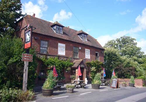 Picture 1. The White Lion, Selling, Kent