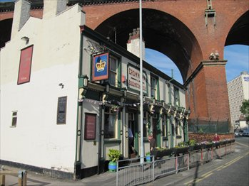Picture 1. Crown Inn, Stockport, Greater Manchester