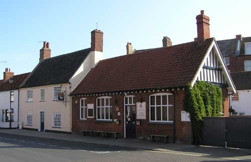 Picture 1. White Hart, Aldeburgh, Suffolk