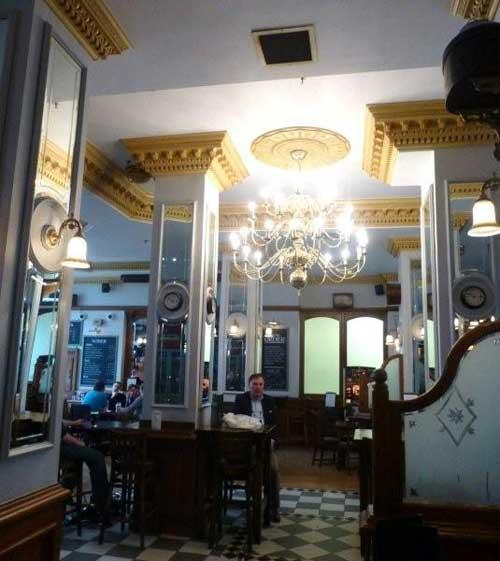 Picture 1. The Mad Bishop & Bear, Paddington, Central London