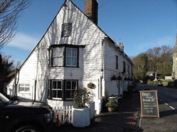 Picture 1. The White Hart, Newenden, Kent