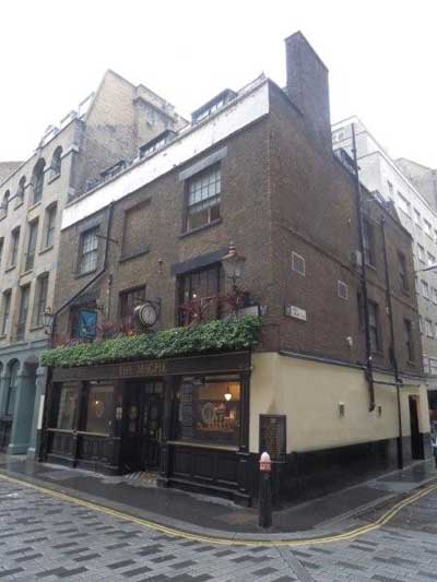 Picture 1. The Magpie, City, Central London