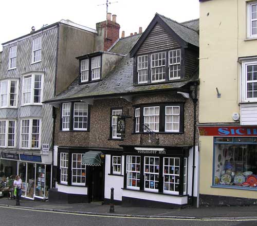 Picture 1. Volunteer Inn, Lyme Regis, Dorset