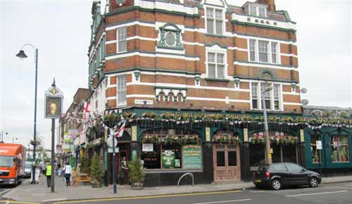 Picture 1. King William IV, Leyton, Greater London