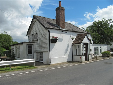 Picture 1. Carpenters Arms, Coldred, Kent