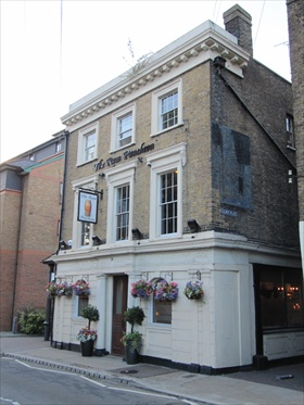 Picture 1. The Rum Puncheon, Gravesend, Kent