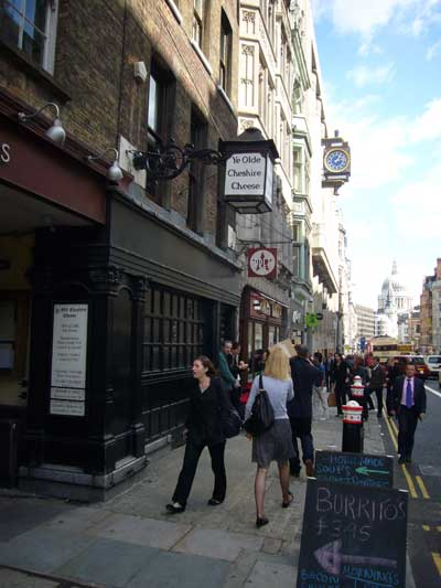 Picture 1. Ye Olde Cheshire Cheese, Fleet Street, Central London