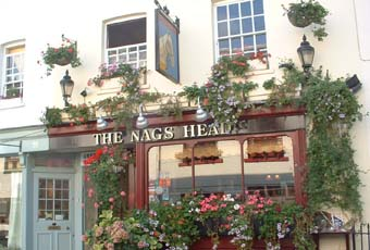Picture 1. The Nags Head, Belgravia, Central London