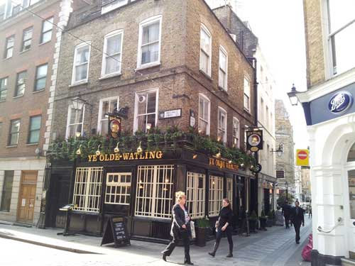 Picture 1. Ye Olde Watling, City, Central London