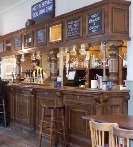 Picture 2. The Railway Tavern Ale House, Hackney, Greater London