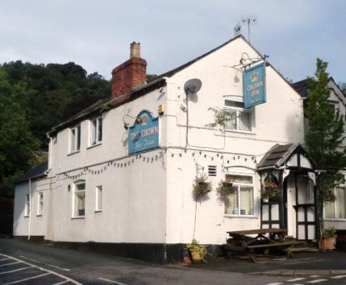 Picture 1. Crown Inn, Montgomery, Powys