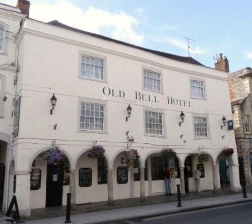 Picture 1. Old Bell Hotel, Warminster, Wiltshire