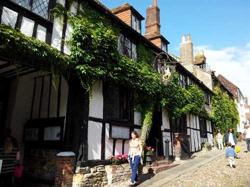 Picture 1. The Mermaid Inn, Rye, East Sussex