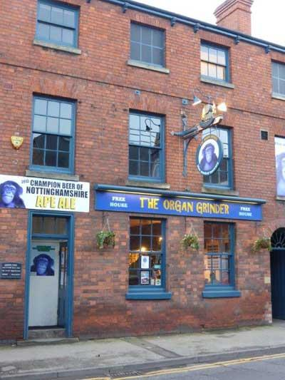 Picture 1. The Organ Grinder, Newark, Nottinghamshire