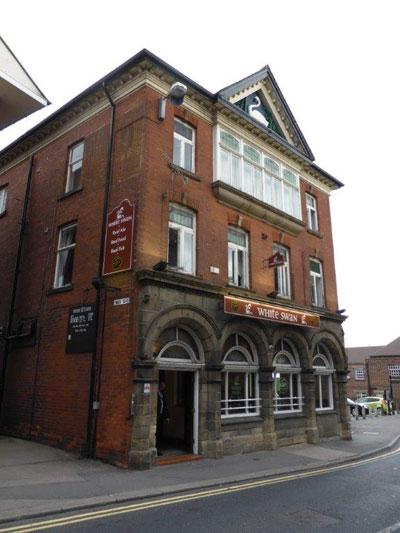 Picture 1. White Swan, Chesterfield, Derbyshire