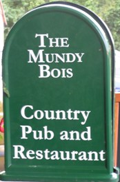 The pub sign. The Mundy Bois, Mundy Bois, Kent