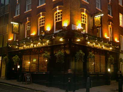 Picture 1. The Edgar Wallace, Temple, Central London