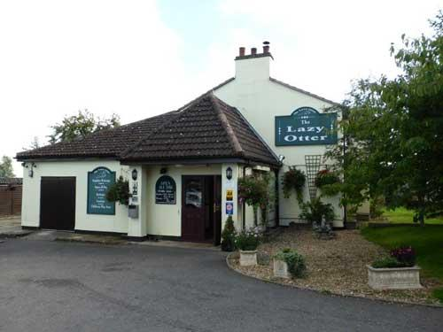 Picture 1. The Lazy Otter, Stretham, Cambridgeshire