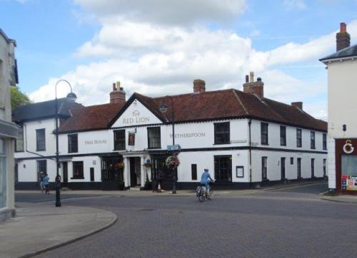 Picture 1. Red Lion, Petersfield, Hampshire