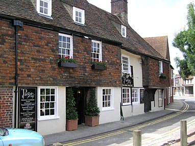 Picture 1. The Parrot (Young's), Canterbury, Kent