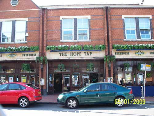 Picture 1. The Hope Tap, Reading, Berkshire