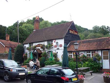 Picture 1. The White Horse, Hedgerley, Buckinghamshire