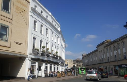 Picture 1. The Bank House, Cheltenham, Gloucestershire
