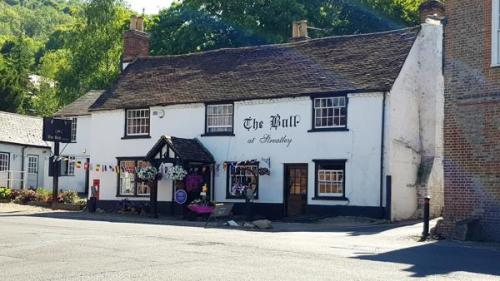 Picture 1. The Bull, Streatley, Berkshire
