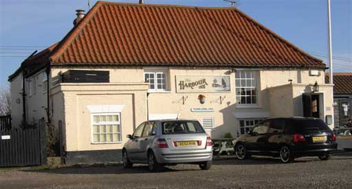 Picture 1. Harbour Inn, Southwold, Suffolk