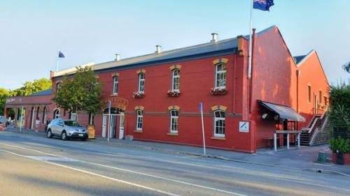Picture 1. Pomeroy's Old Brewery Inn, Christchurch, New Zealand