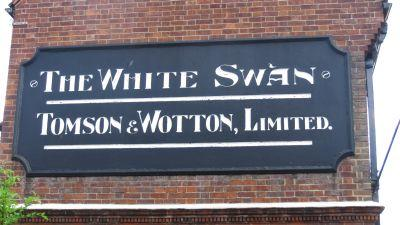 Picture 2. The White Swan, Reading Street, Kent