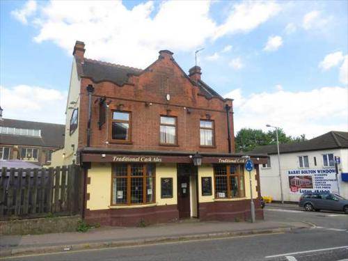 Picture 1. The English Rose, Luton, Bedfordshire